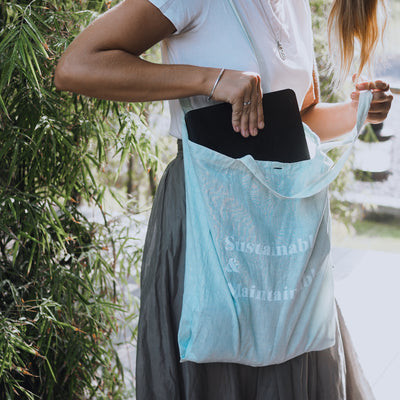 'SUSTAINABLE & MAINTAINABLE' Organic dyed Tote Bag - Ice