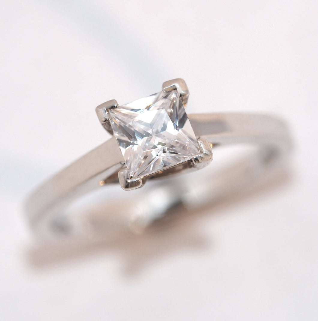 Platinum Diamond Princess Cut Solitaire - Hallmark Goldsmiths