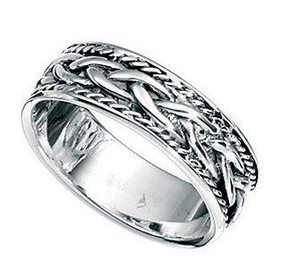 A Silver Patterned Ring