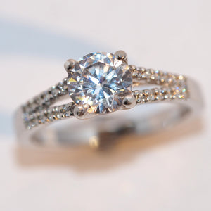 Platinum Diamond Solitaire - Hallmark Goldsmiths
