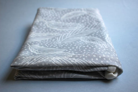 Organic Baby Swaddle Blanket - Dreamy Feathers - Little Dreamer Australia