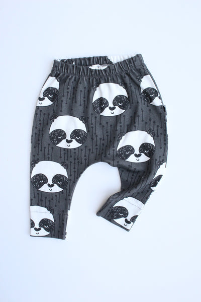 Organic Harem Leggings - Sleepy Panda (Charcoal)