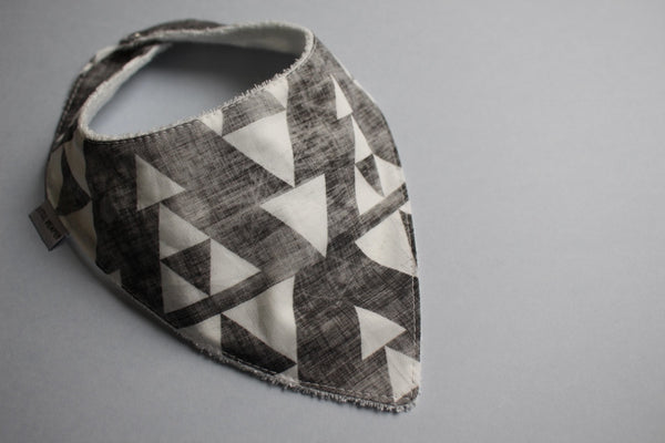 Bandana Bib - Faded Geo Tri - Little Dreamer Australia