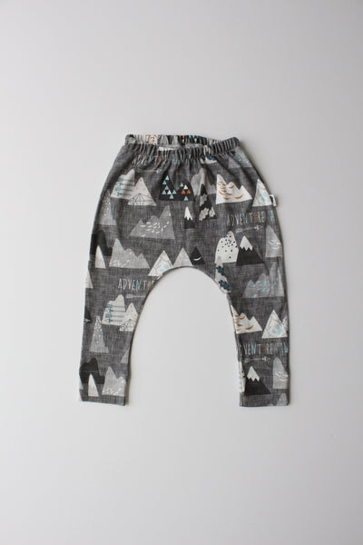 Organic Harem Leggings - Little Adventurer (Charcoal)