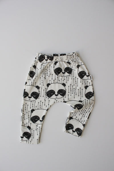 Organic Harem Leggings - Sleepy Panda (White)