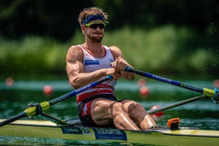 Barnabé Delarze in a single scull