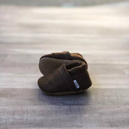 TRENDY BABY MOCC SHOP FELT MOCCASINS Brown