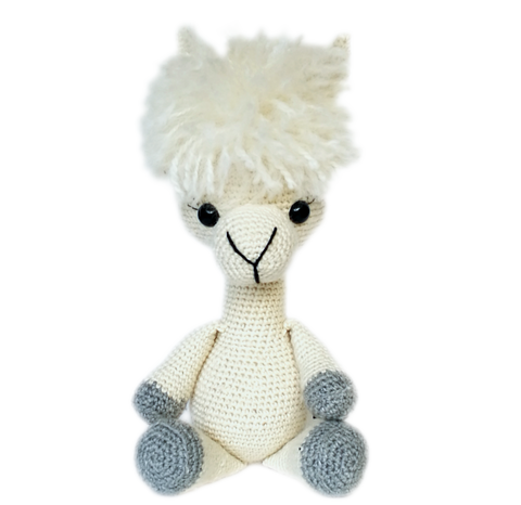Buck Brook Alpacas' MY ALPACA PET Made with CATSKILLS LEGACY YARN Ivory