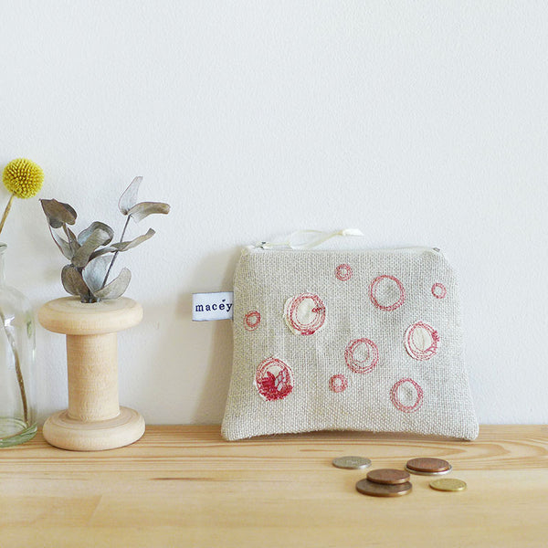 EMBROIDERED LINEN COIN PURSE - Bubbles