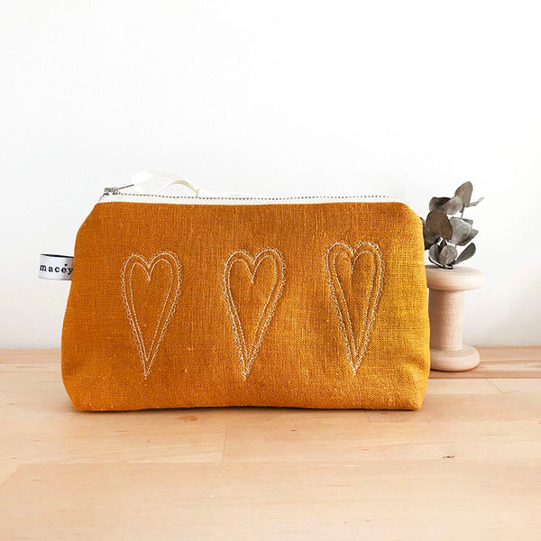 EMBROIDERED LINEN MID POUCH - beautiful hearts