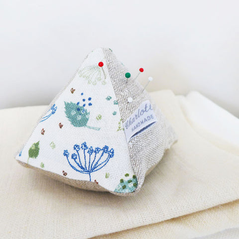 LINEN PIN CUSHION - Blue Parsley