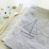 EMBROIDERED LINEN NAPKINS - yacht