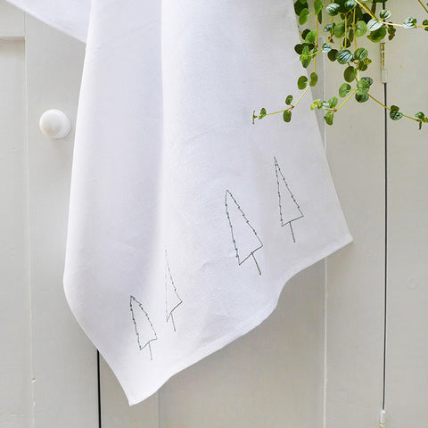 EMBROIDERED LINEN TEA TOWEL - Nordic trees