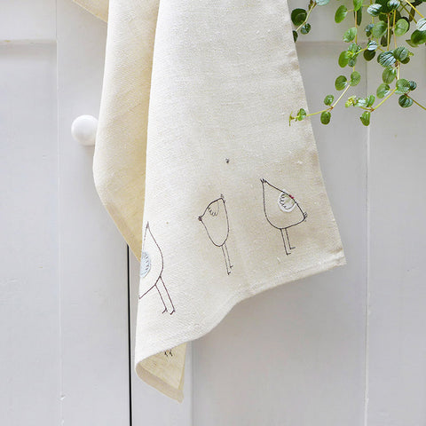 EMBROIDERED LINEN TEA TOWEL - hens