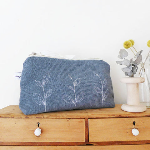 EMBROIDERED MID POUCH - leaves, pale indigo linen