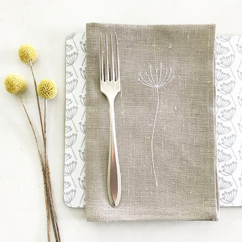 EMBROIDERED LINEN NAPKINS - natural cow parsley
