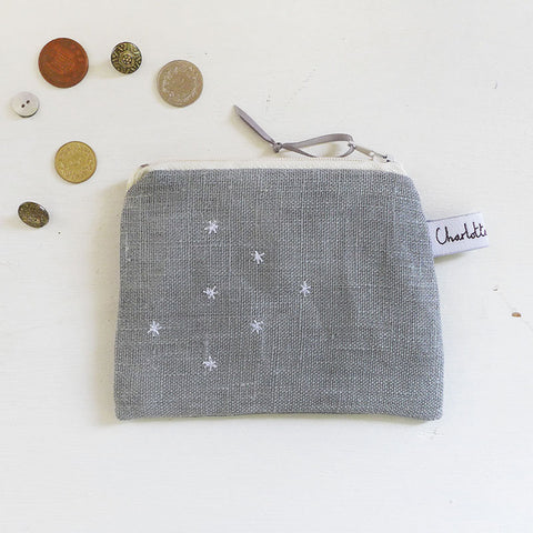 EMBROIDERED COIN PURSE - stars, grey