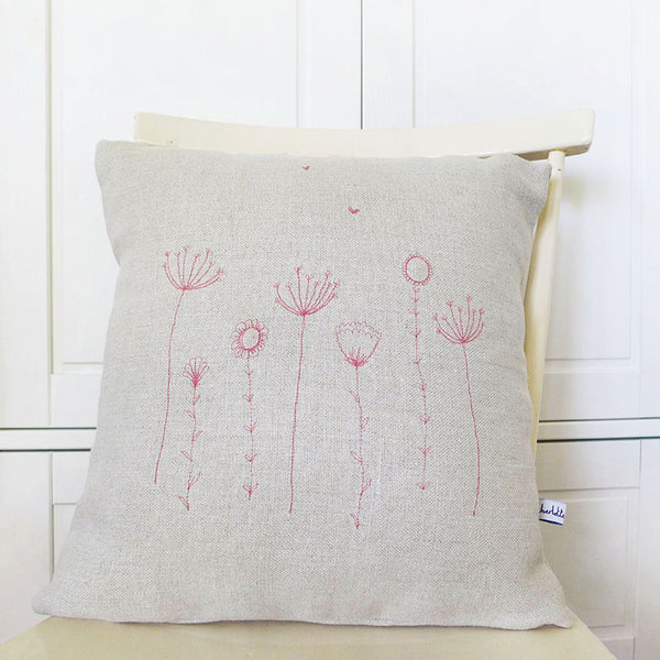 EMBROIDERED LINEN CUSHION - pink Wildflowers