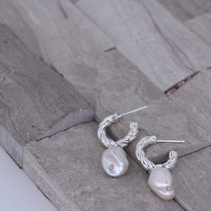 Baroque Pearl Earrings [.925 Sterling Silver] - Vintage / Art Deco / Gala / Evening Wear