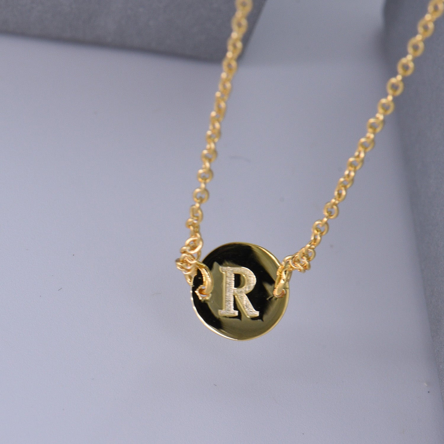 Gold Coin Initial Necklace [ Letter R ] - .925 Sterling Silver [18K Gold Plated] - [14 Inch]