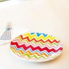 Coton Colors RETIRED Dinner Plate BARGELLO STRIPE