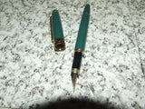 Laura Ashley Green & Gold Fountain Pen & Hard Case - Vintage Retro And Vinyl - 3