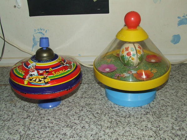 2 x Vintage Spinning Tops, Chad Valley & Chicco - Vintage Retro And Vinyl - 1