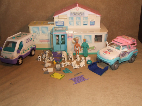 Animal Hospital Ice Rescue Station Playset Bundle