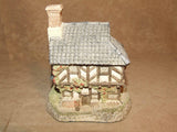 Coopers Cottage - David Winter - Hand Made & Painted - Vintage Ornament 1985 - Vintage Retro And Vinyl - 4