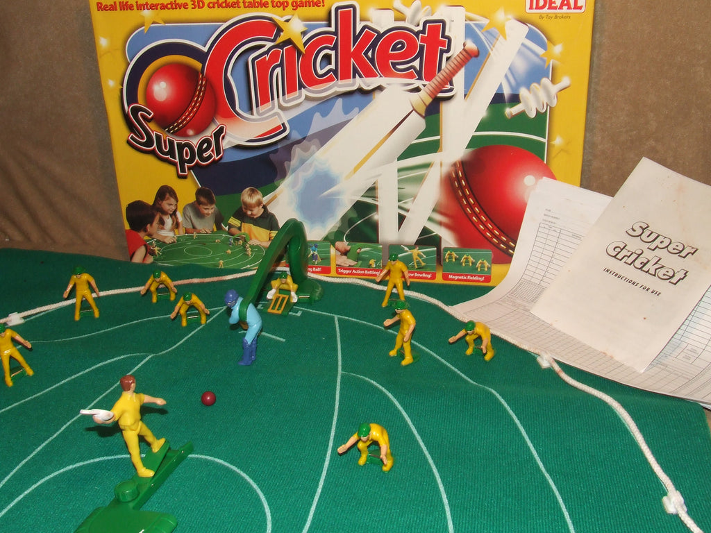 Super Cricket By Ideal Boxed With Instructions For 2 to 22 Players Aged 6 + - Vintage Retro And Vinyl - 1