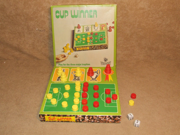 Cup Winner Game By Vic-Toy Invicta Plastics Boxed Vintage 1973 - Vintage Retro And Vinyl - 1