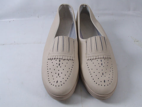 Ladies Light Beige Elastomere Shoes Size 40 (France) 6.5 (UK)