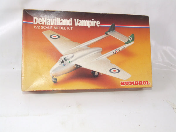 De Havilland Vampire 1/72 Scale Plastic Model Kit Vintage