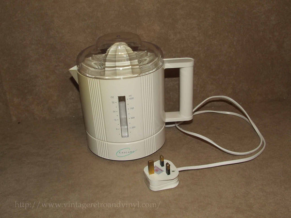 Electric Juicer 1 Litre Capacity - Cascade Model CE861 20W - 1990's - Vintage Retro And Vinyl - 1