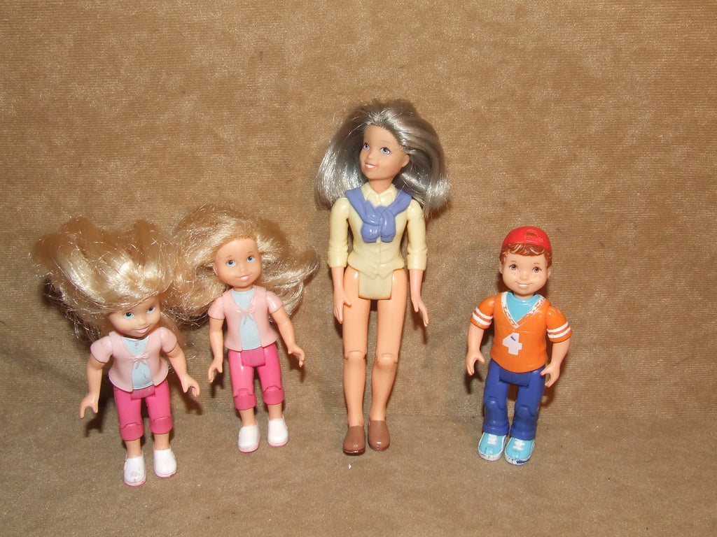 Mattel Loving Families Dolls x 4 From 2002 Grandmother And Children - Vintage Retro And Vinyl - 1