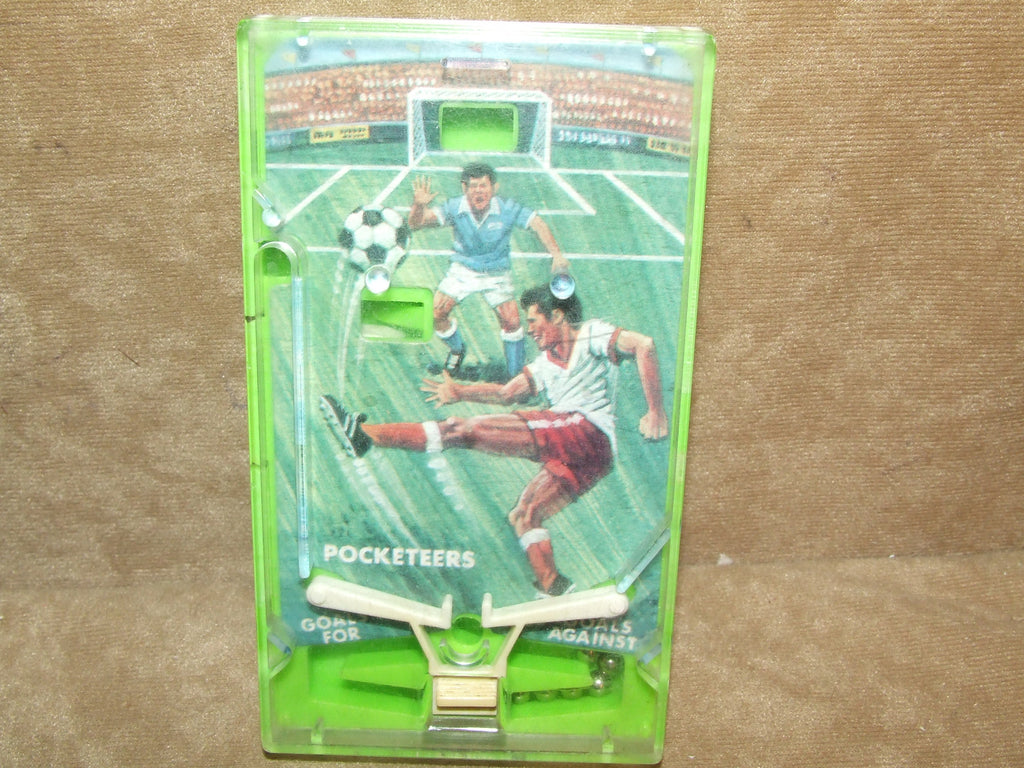TOMY Pocketeers Football Game No Box Vintage 1975 - Vintage Retro And Vinyl - 1