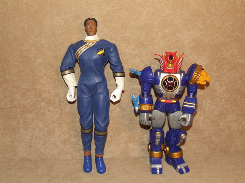 "Power Rangers Megazord 10.5"" And Wild Force Blue Ranger 12"" Battery Op. 2000's - Vintage Retro And Vinyl - 1"
