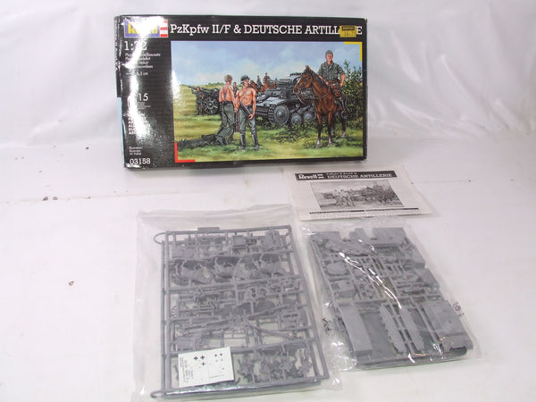 Revell PzKpfw 11/F & Deutsche Artillery 1/72 Scale Model Kit Boxed