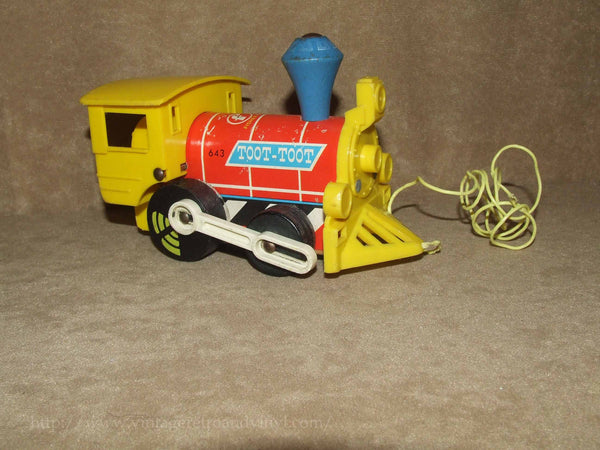 Toot Toot Train By Fisher Price Made In Great Britain 1964 # 643 - Vintage Retro And Vinyl - 1