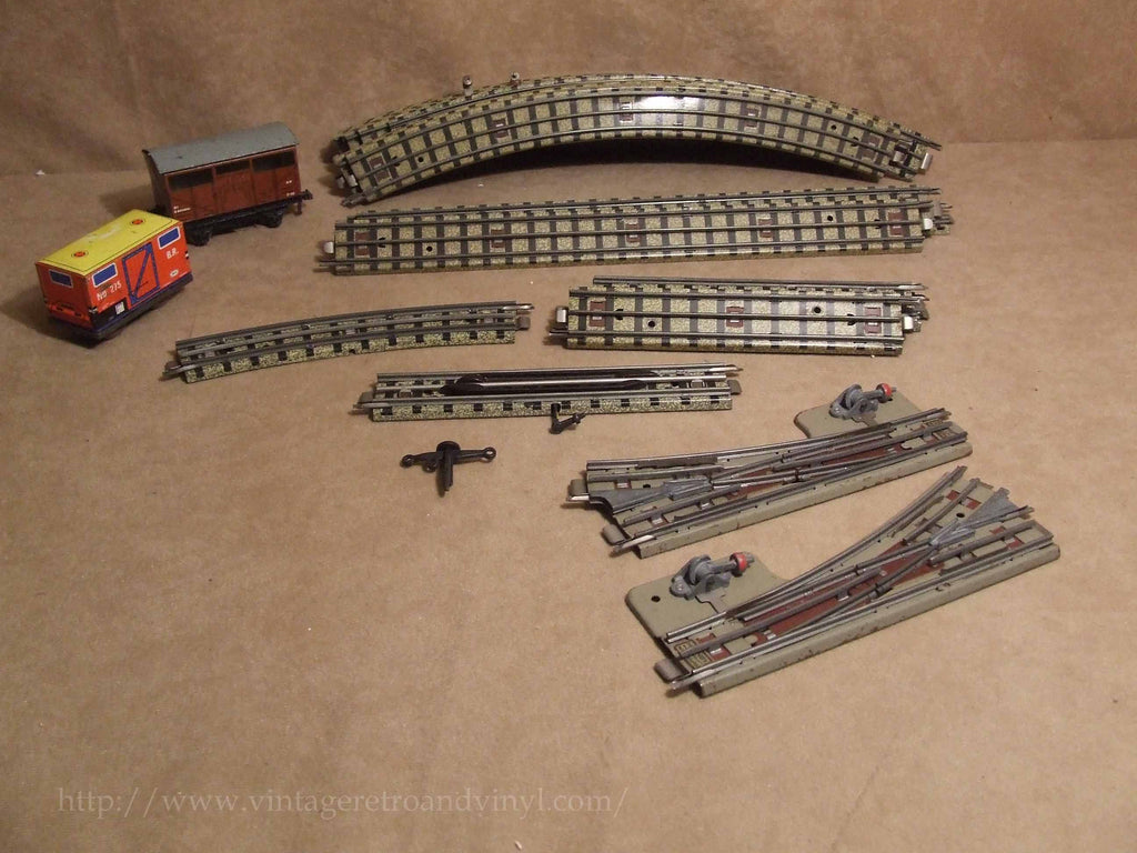 Hornby Duplo OO Gauge 3 Rail Track Including Points & 2 x Tinplate Wagons - Vintage Retro And Vinyl - 1