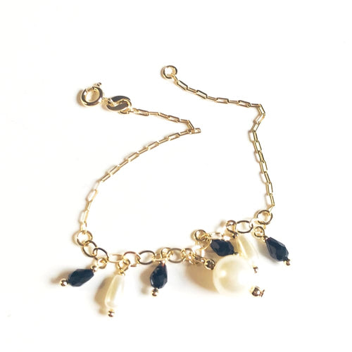Charm Pearls And Beads 18Kts Of Gold Plated Bracelet Bracelets