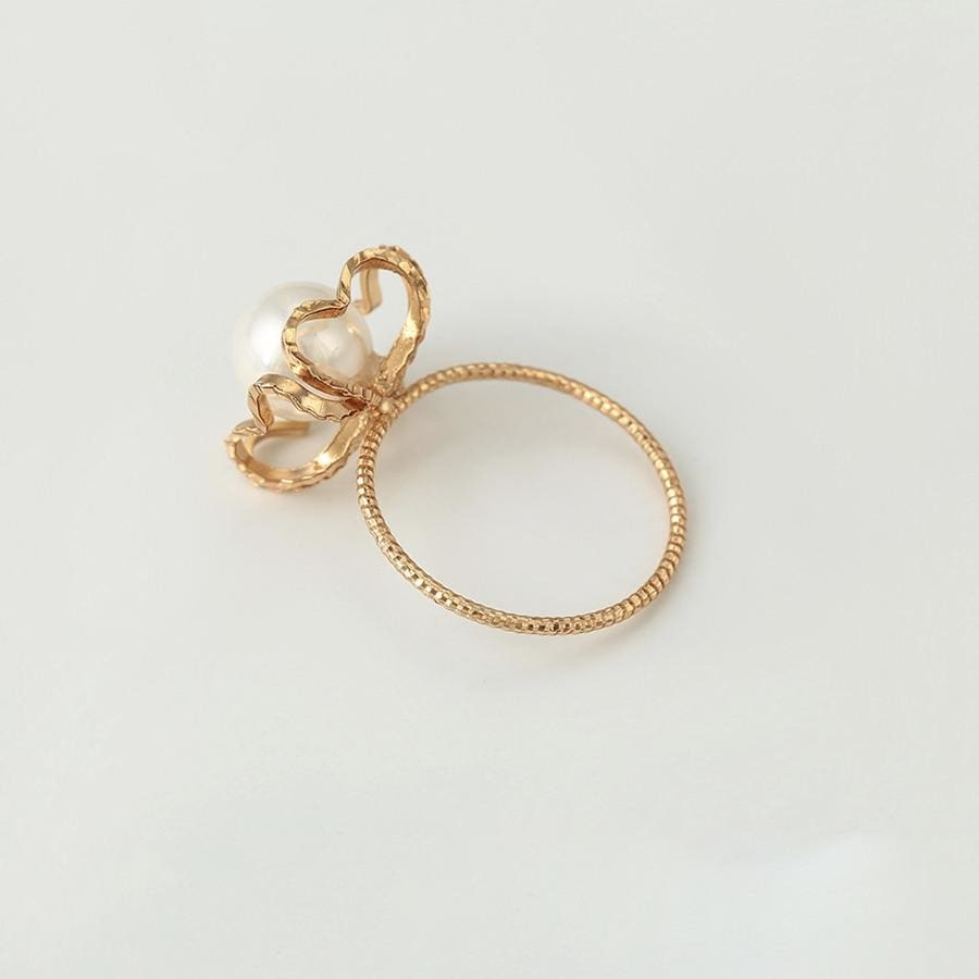 Pearl In Heart Cased 18kts of Gold Plated Ring Rings