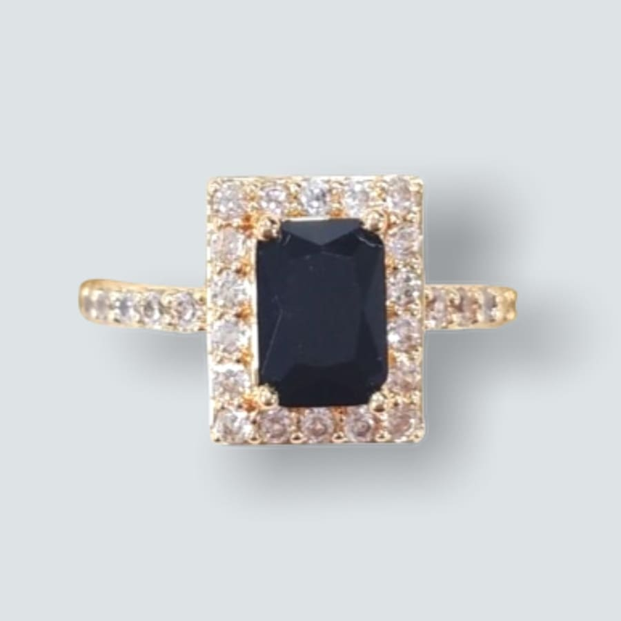 Square Shape Faux Stone Ring in 18k of Gold Plated Black / 6 Rings