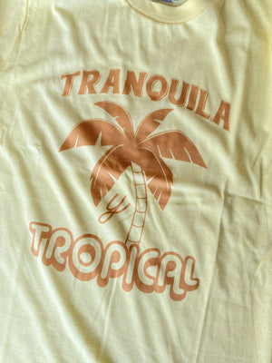 Load image into Gallery viewer, Tranquila y Tropical Tee - Women