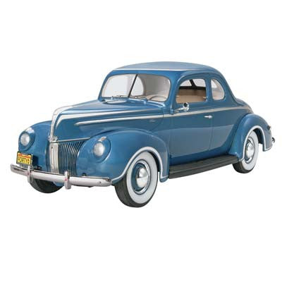 Monogram 1/25 '40 Ford Standard Coupe MON854371