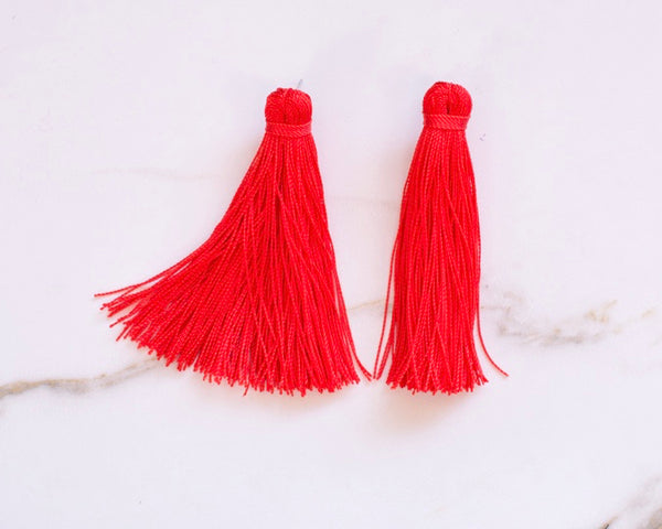 Medium Tassel Earrings in Poppy Red