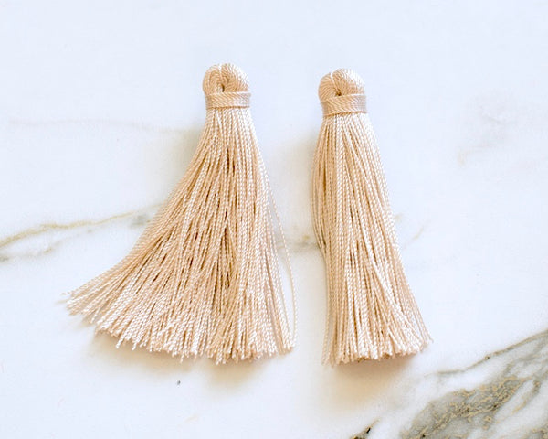 Medium Tassel Earrings in Desert Sand