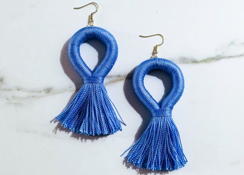 Stevie Loop XL Earrings in Periwinkle Blue
