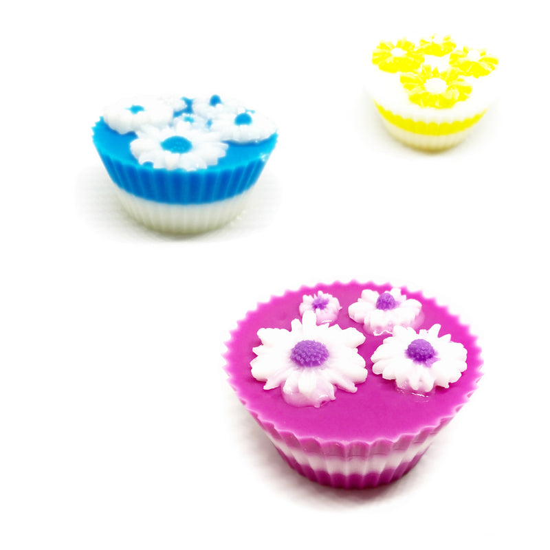 Daisy Bouquet - Three Cupcakes Gift Box Set - SoapyMania