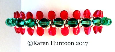 Lots of Pips Beaded Kumihimo Holiday Bracelet Kit